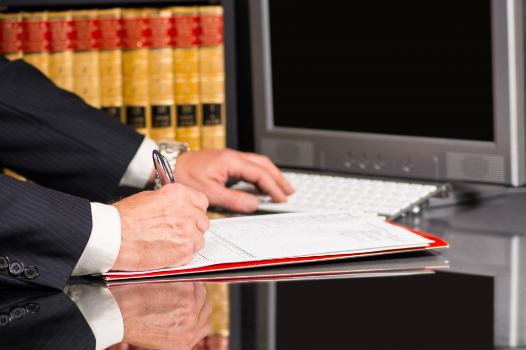 3 Reasons Being a Paralegal Makes Sense