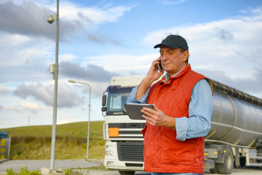 Who Should Be Liable for Truck Driver Injuries?