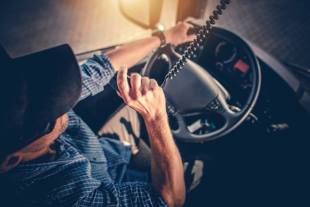 Who should be liable for truck driver injuries